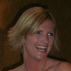 Liz Emmott